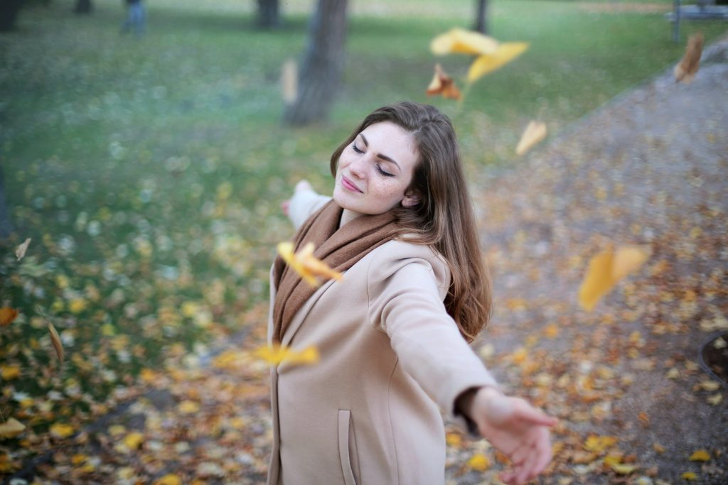 How to Let Go of Past Mistakes | The Women's Information Network